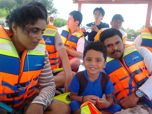 On the way to snorkeling spot
